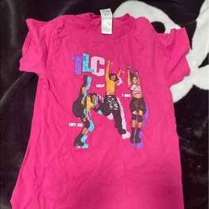 cross colours tlc pink graphic tee 💗